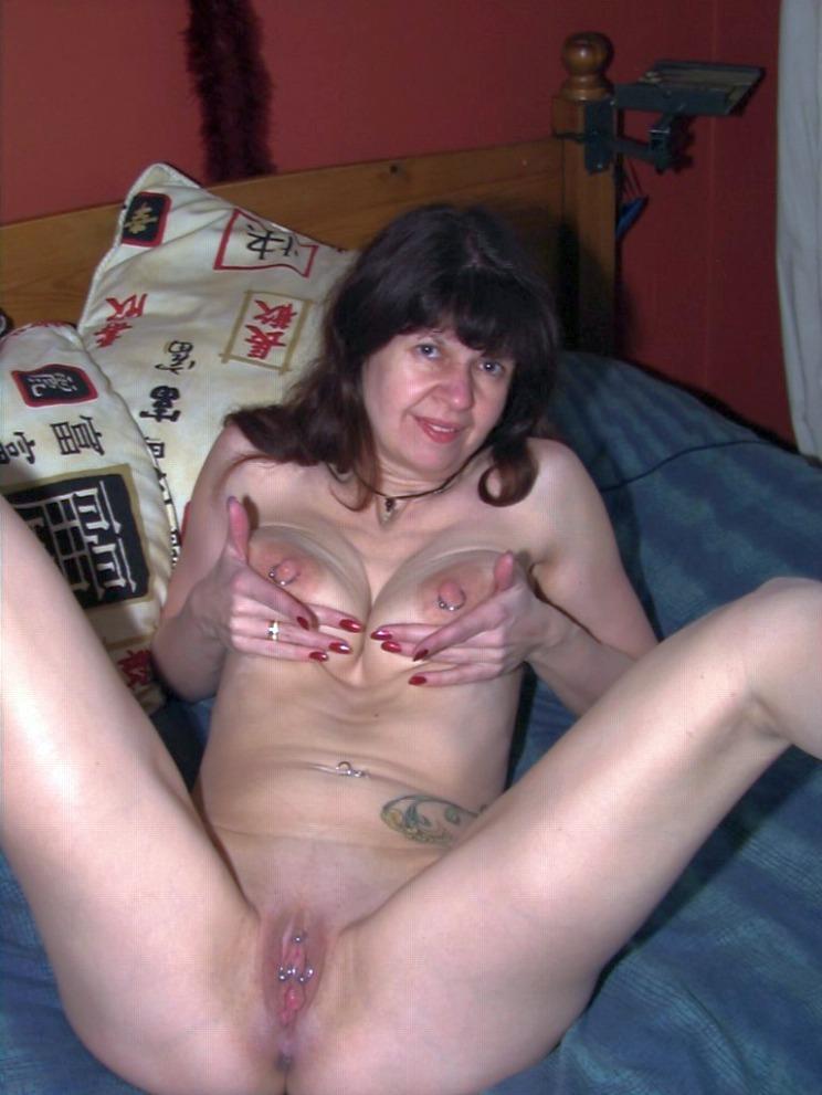 sexwillige Frauenkontakte